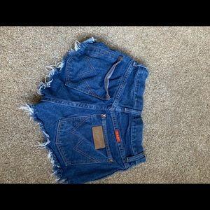 Wrangler cut off shorts